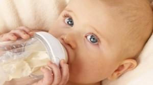 bebe-biberon-tetine