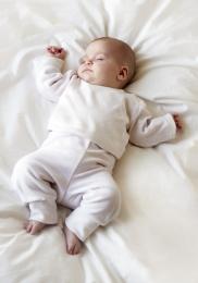 al se de lit b b trois conseils pour bien choisir top poussette. Black Bedroom Furniture Sets. Home Design Ideas